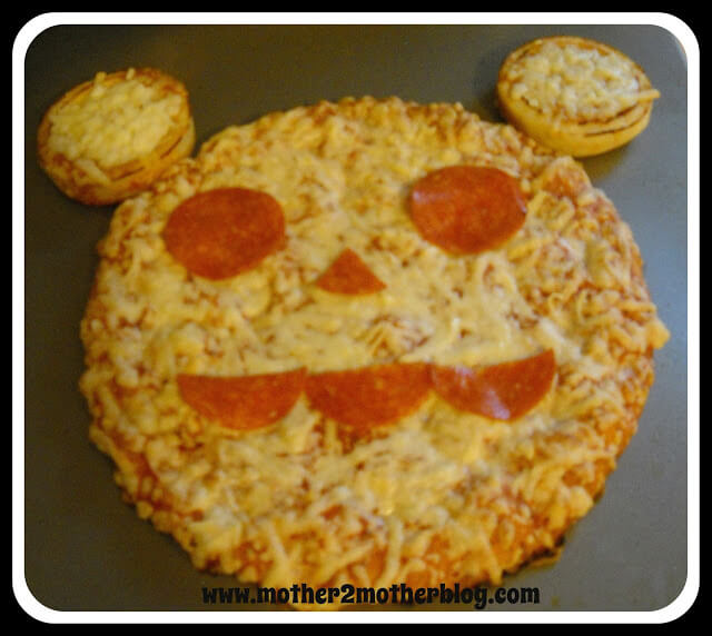 mickey mouse pizza, mickey mouse food ideas