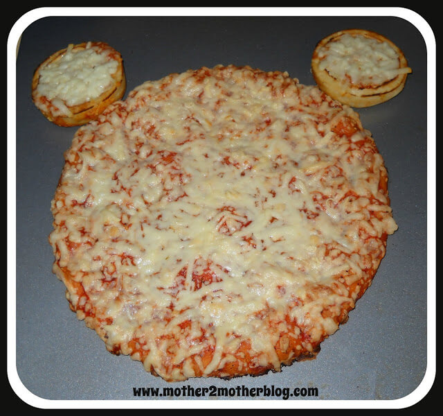 fun kids food, mickey mouse ideas, mickey mouse pizza