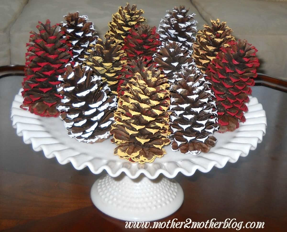 Painted pine cones crafts mother2motherblog for Crafts using pine cones