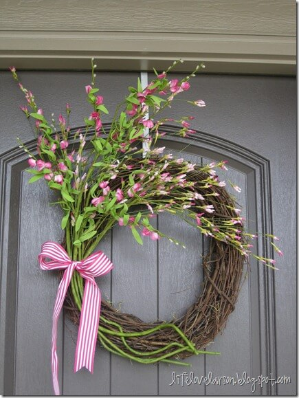 Looking for a little inspiration for making a spring wreath? Check out our ideas.