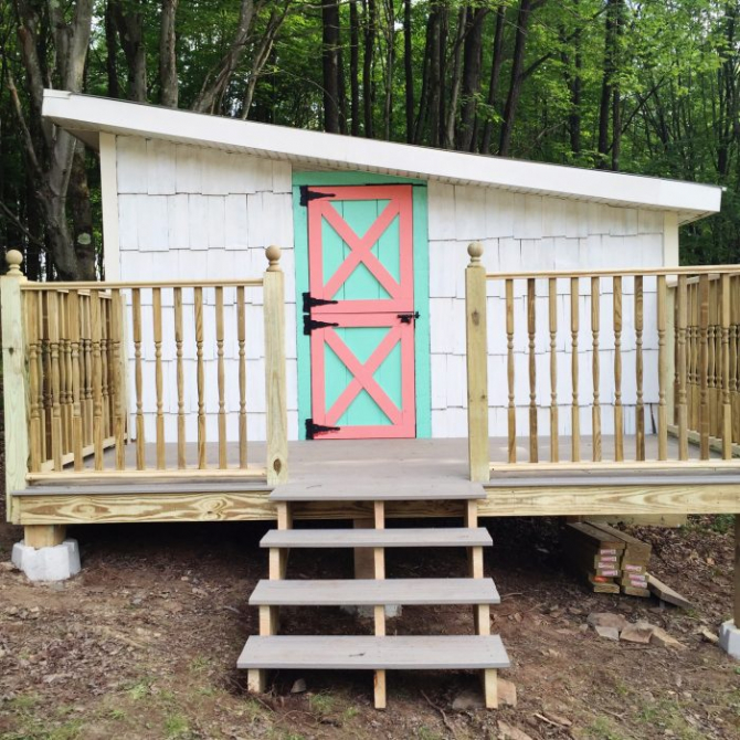 Turn a shed into a play house