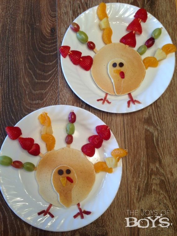 ideas for kid's Thanksgiving table